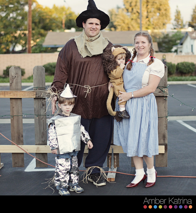 Halloween children carving pumpkins costumes wizard of oz