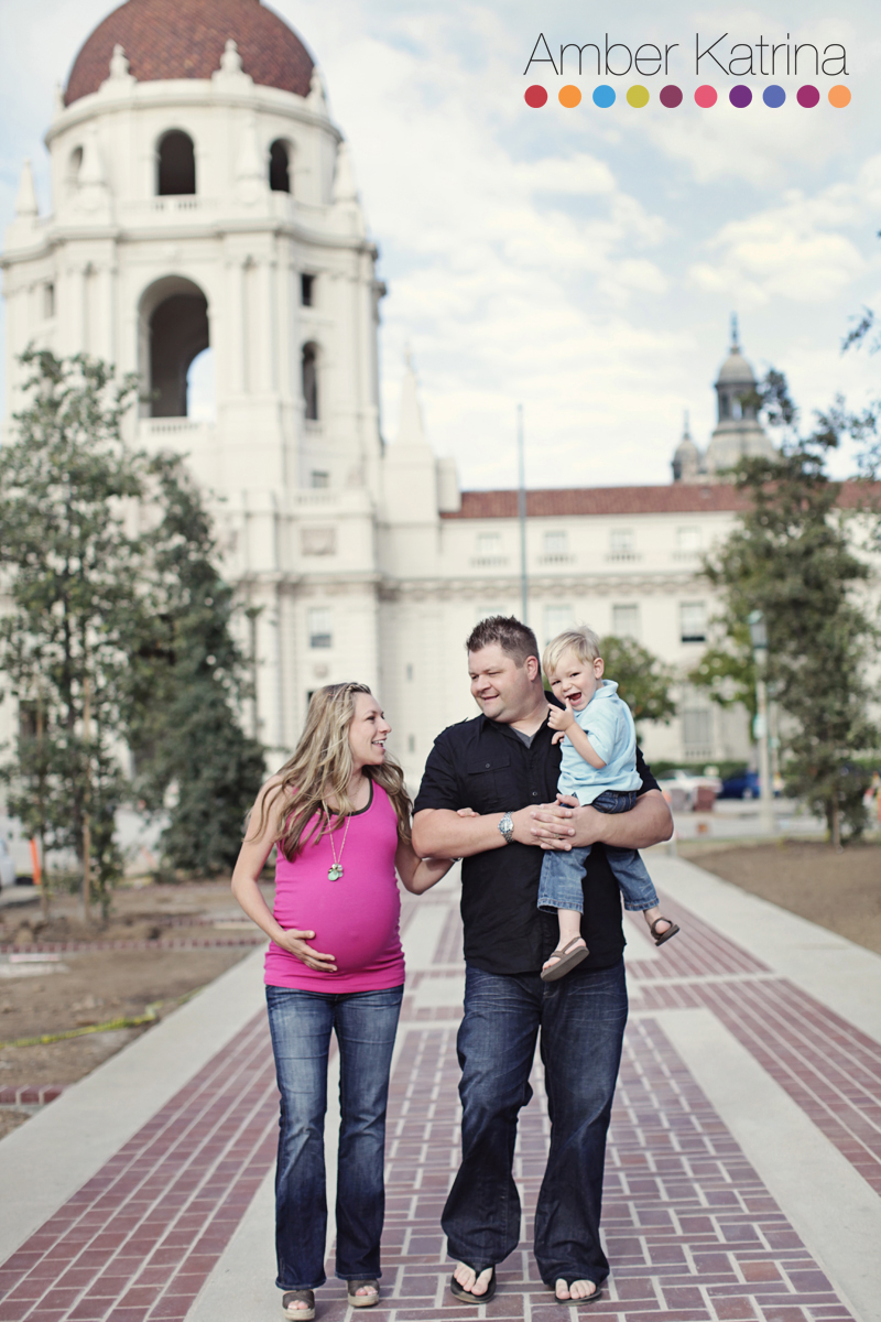 Old Town Pasadena family maternty photography